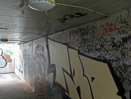 Ostquai-Unterführung-Graffiti