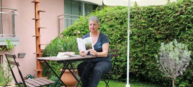 Von Gedichten, Hüftgürteln und einer Entdeckung – über Esther Murbach
