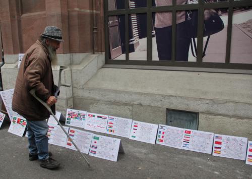 Dom Manuel III mit Plakaten