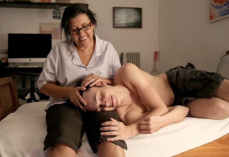 Val mit ihrem zweiten Sohn Fabinho. (Bild: zVg)