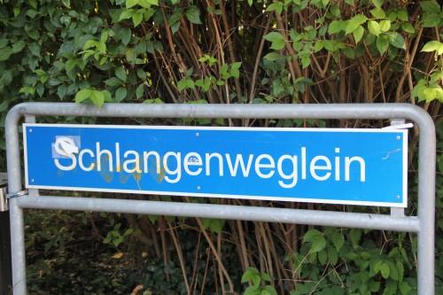 Schlangenweglein_Strassenschild