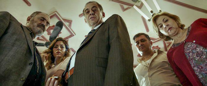 Geschärfter Blick auf die Gesellschaft – Álex de la Iglesias «El bar»
