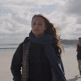 Hoffnung in düsteren Zeiten – Wim Wenders' «Submergence»